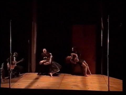 Arts des Airs & Cie Aude Arago/Gilles Baron - Eclats Sol Air