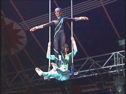 Spectacles des écoles de cirque - CIRCa 2002