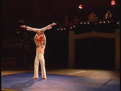 Spectacles des écoles de cirque - CIRCa 2004