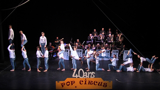 Pop Circus / Big Band 32 - The Pop Band ans the Big Circus 32