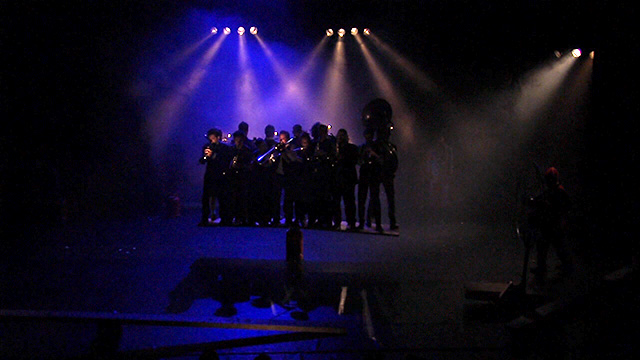 Surnatural Orchestra + Cirque Inextremiste + Cie Basinga - Esquif