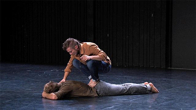 Naïf production - Des gens qui dansent